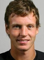 Tomas Berdych advances to 4th round & plays J. Isner