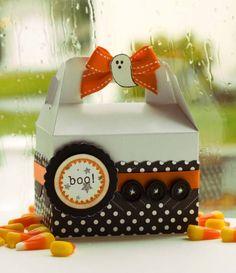 idea for halloween decoration box Dulceros Halloween, Halloween Paper Crafts, Manualidades Halloween, Days Until Halloween, Halloween Goodies, Halloween Cards, Halloween Treats, Holiday Crafts, Halloween Favors