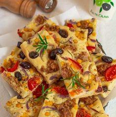 Focaccia cu ton și măsline | Bucate Aromate Vegetable Pizza, Quiche, Vegetables, Breakfast, Pie, Morning Coffee, Quiches, Vegetable Recipes, Veggies