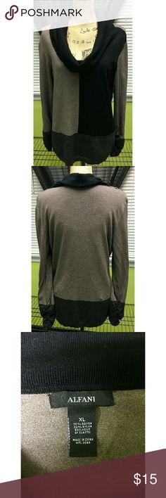 Alfani  Sweater Size XL Alfani Black &  Colorblock cowl neck sweater with rouched long sleeves. Size XL and true to size. Like New Alfani Sweaters Cowl & Turtlenecks