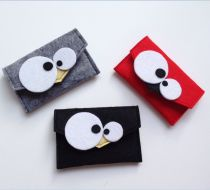 This post was discovered by On Sock Crafts, Felt Crafts, Diy And Crafts, Felt Case, Crazy Bird, Felt Fabric, Felt Ornaments, Craft Fairs, Diy For Kids