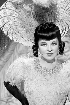 Mae West EVERY DAYS A HOLIDAY