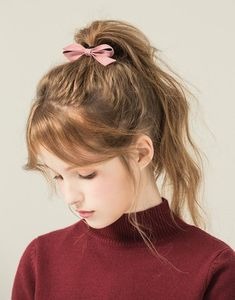 High ponytail with bow Messy Hairstyles, Pretty Hairstyles, Kawaii Hairstyles, Hair Inspo, Hair Inspiration, Francoise Arnoul, Portrait Photos, Hair Reference, Aesthetic Girl