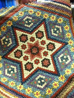 Hexi-mania indeed! Hexagon Patchwork, Hexagon Quilt, Star Quilts, Mini Quilts, Miniature Quilts, English Paper Piecing, Quilting Designs, Quilting Ideas, Machine Quilting