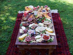 Breakfast is served: http://apairandasparediy.com/2016/03/an-easy-and-impressive-brunch-table-platter.html
