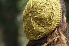 Ravelry: Pressed Leaves pattern by Alana Dakos