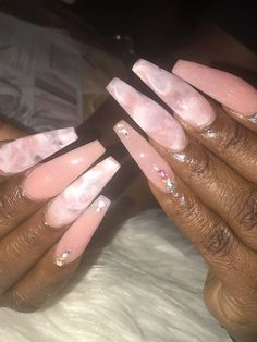 Semi-permanent varnish, false nails, patches: which manicure to choose? - My Nails Glam Nails, Dope Nails, Nails On Fleek, Stiletto Nails, Fun Nails, Coffin Nails, Cute Acrylic Nails, Acrylic Nail Designs, Gorgeous Nails