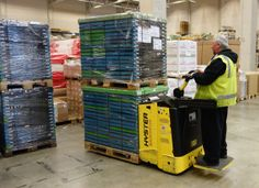 Agility chooses Hyster forklifts - http://www.logistik-express.com/agility-chooses-hyster-forklifts/