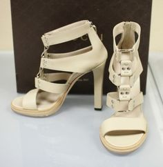 GUCCI New Gladiator Leather Platform Sandals 8 9.5 10 9 6 257872 9511 Oatmeal Pumps. Get the must-have pumps of this season! These GUCCI New Gladiator Leather Platform Sandals 8 9.5 10 9 6 257872 9511 Oatmeal Pumps are a top 10 member favorite on Tradesy. Save on yours before they're sold out!