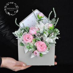 """213 Likes, 4 Comments - """"Greendeco"""" - Online Shop (@pracowniagreendeco) on Instagram: """"Listy kwiatami pisane - flowerbox ❤ Zapraszamy na www.greendeco.org #flowersboxes #dzienmatki…"""""""