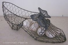 Evi's Country Snippets: WIRE WARE