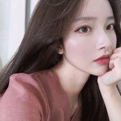 Korean Beauty Girls, Pretty Korean Girls, Korean Girl Fashion, Cute Korean Girl, Pretty Asian, Beautiful Asian Girls, Asian Beauty, Style Fashion, Mode Ulzzang