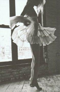 : twirl.