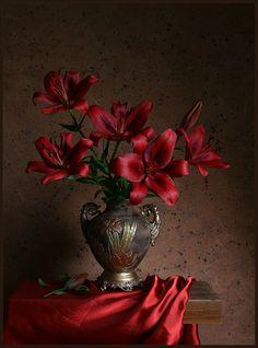 24 Ideas flowers photography still life art for 2019 My Flower, Flower Vases, Flower Art, Flower Arrangements, Art Flowers, Flower Room, Painting Still Life, Still Life Art, Arte Floral