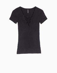 Stradivarius Colombia Camiseta lace-up - BLACK & WHITE - MUJER…