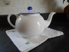 Items similar to Teapot by Arthur Wood, England, hand painted and numbered, white with blue rim and knob on lid. on Etsy Knob, Teapot, Tea Cups, Numbers, England, Blue And White, Hand Painted, Passion, Tableware