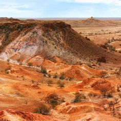 ���� The Breakaways - South Australia. This remarkable landscape is just outside of Coober Pedy. #photooftheday #panoramic #panorama #photography #pictureoftheday #australia #southaustralia #canon6d #canon #view #wonderfulplaces #art #explore #largeformat #natgeotravel #natgeo #ausgeo #justgotravelSC #beautifuldestinations #artistfound #nature_perfection  #dreamyphotographs #instagood #follow #picoftheday #tbt #nature_real #theadventureco #earthimagined #visitsouthaustralia…
