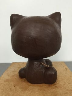And a coat of ganache... :: building 3D cakes :: Sharon Wee Creations