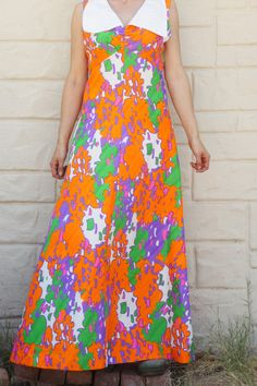Vintage 70s Flower Power Psychedelic Maxi dress by SycamoreVintage