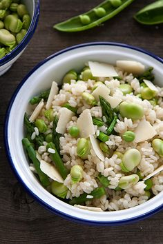 Rice Salad With Fava Beans, Peas & Asparagus Gourmet Recipes, Pasta Recipes, Fava Beans, Rice Salad, Italian Recipes, Asparagus, Seafood, Food Photography, Favorite Recipes