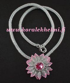 Flower pendant with Swarovski rivoli