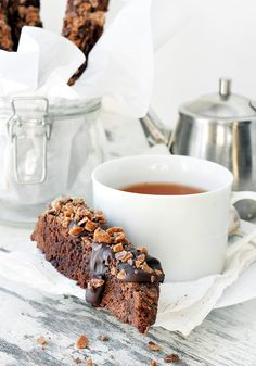 Delicious Toffee Topped Double Chocolate Biscotti makes a great chocolate treat any time and also great for gifts. Chocolate Toffee Bars, Decadent Chocolate, Chocolate Treats, Dark Chocolate Chips, Chocolate Recipes, Cookie Desserts, Just Desserts, Dessert Recipes, Unique Recipes