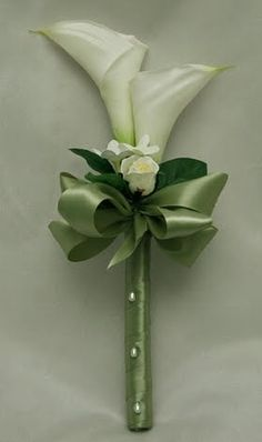Discover thousands of images about White Calla Lily Bridal Bouquet Lily Bouquet Wedding, Simple Wedding Bouquets, Calla Lily Bouquet, Calla Lillies, Bride Bouquets, Floral Bouquets, Simple Weddings, Floral Wedding, Wedding Decor