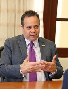 Junta de Supervisión Fiscal podría congelar convenios colectivos...