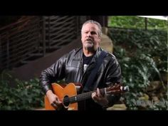 """Feelin Good Again"" - Robert Earl Keen at Southern Living"