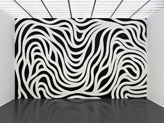 http://artlifemagazine.com/art-exhibitions/sol-lewitt-wall-drawings-retrospective-pompidou-metz.htm#