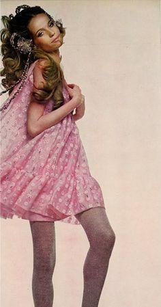 Veruschka by Richard Avedon for US Vogue, 1967 More cute pink dresses: http://999dresses.blogspot.com/