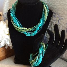 2x Hpgorgeous Turquoise And Bead Jewelry Set.