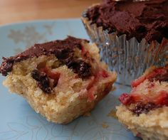 Recipe » Vegan Strawberry and Chocolate Chip Cupcakes » butter + sugar + applesauce + flour + baking powder + milk + vanilla + strawberries + chocolate chips + powdered sugar + cocoa powder {Never Homemaker}