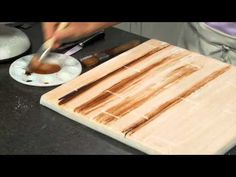 How to make fondant look like wood.