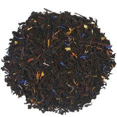 """KILLER MOUNTAIN K2   Deze gearomatiseerde mix van zwarte thee, bloemblaadjes, bloesem en exotisch fruit klinkt hemels, net als het bereiken van de top van de op een na hoogste berg ter wereld. Wie de K2, ofwel """"Killer Mountain"""" probeert te beklimmen komt niet altijd levend terug. Zo'n 25% van deze dappere helden sterft tijdens zo'n poging. Het is dan maar goed ook dat dit stoere theetje lang zo gevaarlijk niet is. Ga jij ook voor de K2 of zoek je het rustiger op?  """