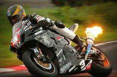 Suzuki GSX R 1000 The best motorcycle made! Racing Motorcycles, Custom Motorcycles, Custom Baggers, Grand Prix, Guy Martin, Custom Sport Bikes, Suzuki Gsx, Sportbikes, Hot Bikes