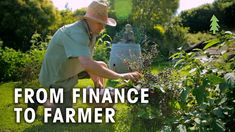 Man Quits Job in Finance to Create Incredible Permaculture Garden Peak Oil, Moving To New Zealand, Grow Your Own Food, Grow Food, Eco Friendly House, Farm Gardens, Best Youtubers, Make More Money, Best Diets
