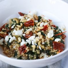 Diner Recipes, Salad Recipes, Feta Pasta, Pasta Salad, Orzo, Go Veggie, Clean Eating, Healthy Eating, Vegetarian Recipes