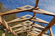 Scissor trusses over the courtyard | by Peterbart
