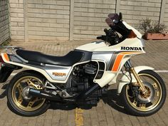Honda CX500 Turbo 1982 — Collectible Wheels Bikes For Sale, Motorcycles For Sale, Honda Cx500, Culture Club, Classic Bikes, Car Shop, First World, Used Cars, Vivid Colors
