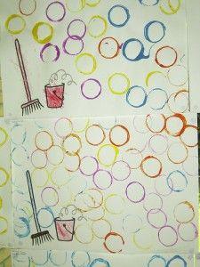 stempelen met wc rollen als bellen Diy For Kids, Crafts For Kids, Arts And Crafts, Preschool Curriculum, Kindergarten, Recycled Crafts, Diy Crafts, Drawing For Kids, Schmidt