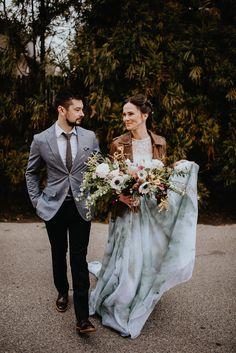 wedding inspiration - photo by Pat Robinson Photography http://ruffledblog.com/artistic-botanical-wedding-inspiration
