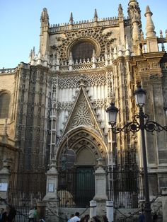 Seville Cathedral - Spain Where Christopher Columbus is buried Largest Gothic Cathedral - largest church in the world Gothic Architecture, Amazing Architecture, Architecture Details, Gothic Cathedral, Cathedral Church, Places To Travel, Places To Go, Fantasy Castle, Hagia Sophia