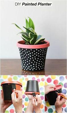 Idea Of Making Plant Pots At Home // Flower Pots From Cement Marbles // Home Decoration Ideas – Top Soop Cactus Plante, Pot Plante, Painted Plant Pots, Painted Flower Pots, Painted Pebbles, Hand Painted, Pots D'argile, Clay Pots, Flower Pot Crafts
