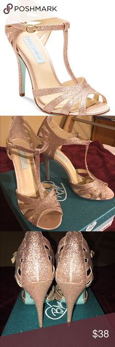Blue by Betsey Johnson's TEE evening sandals Glamorous heels. Sparkly Champagne color with Mint color bottoms. Used only twice for wedding parties. Betsey Johnson Shoes Heels