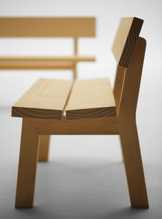 Purekitchen: Jasper Morrison for Maruni Great Simple looking bench - Maybe out of Teak or Redwood to put outside? Bench Furniture, Woodworking Furniture, Furniture Projects, Furniture Plans, Modern Furniture, Furniture Design, System Furniture, Teds Woodworking, Handmade Furniture