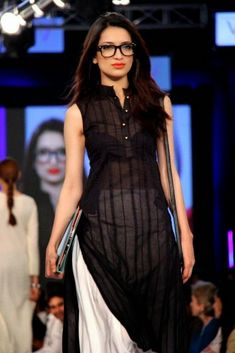 Adnan Pardesy The Working Woman Collection at PFDC Sunsilk Fashion Week - another view// definitely not gonna go for the. 'transparent' look Kurti Designs Party Wear, Kurta Designs, Blouse Designs, Pakistani Dresses, Indian Dresses, Indian Outfits, Indian Designer Outfits, Designer Dresses, Ethnic Fashion