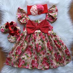 This sweet off the big bow dress is perfect for any special occasion. floral pattern. This dress includes diaper cover Does not include shoes and headbands Handmade to order. No two items will be exactly the same! All of my items are made with quality fabrics and professional Frocks For Girls, Kids Outfits Girls, Cute Outfits For Kids, Little Girl Dresses, Girl Outfits, Girls Dresses, Flower Girl Dresses, Baby Frocks Designs, Kids Frocks Design