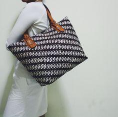 Anjani Tote Bag with Parang Klitik pattern. #djokdjabatik