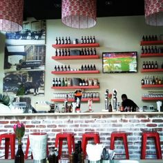 Boerewors are a South African tradition as old as rugby. Taste some of the best at Gourmet Boerie on Long Street in Cape Town. Places To Eat, Great Places, African Traditions, Cape Town, Rugby, South Africa, Restaurants, Traditional, Drink